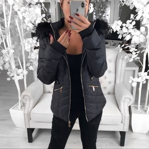 💕REPOSH💕 ekAttire FROSTINE Jacket in Black
